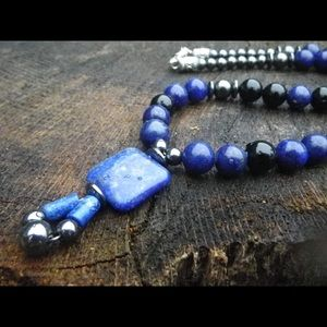 Lapis lazuli necklace (N013)